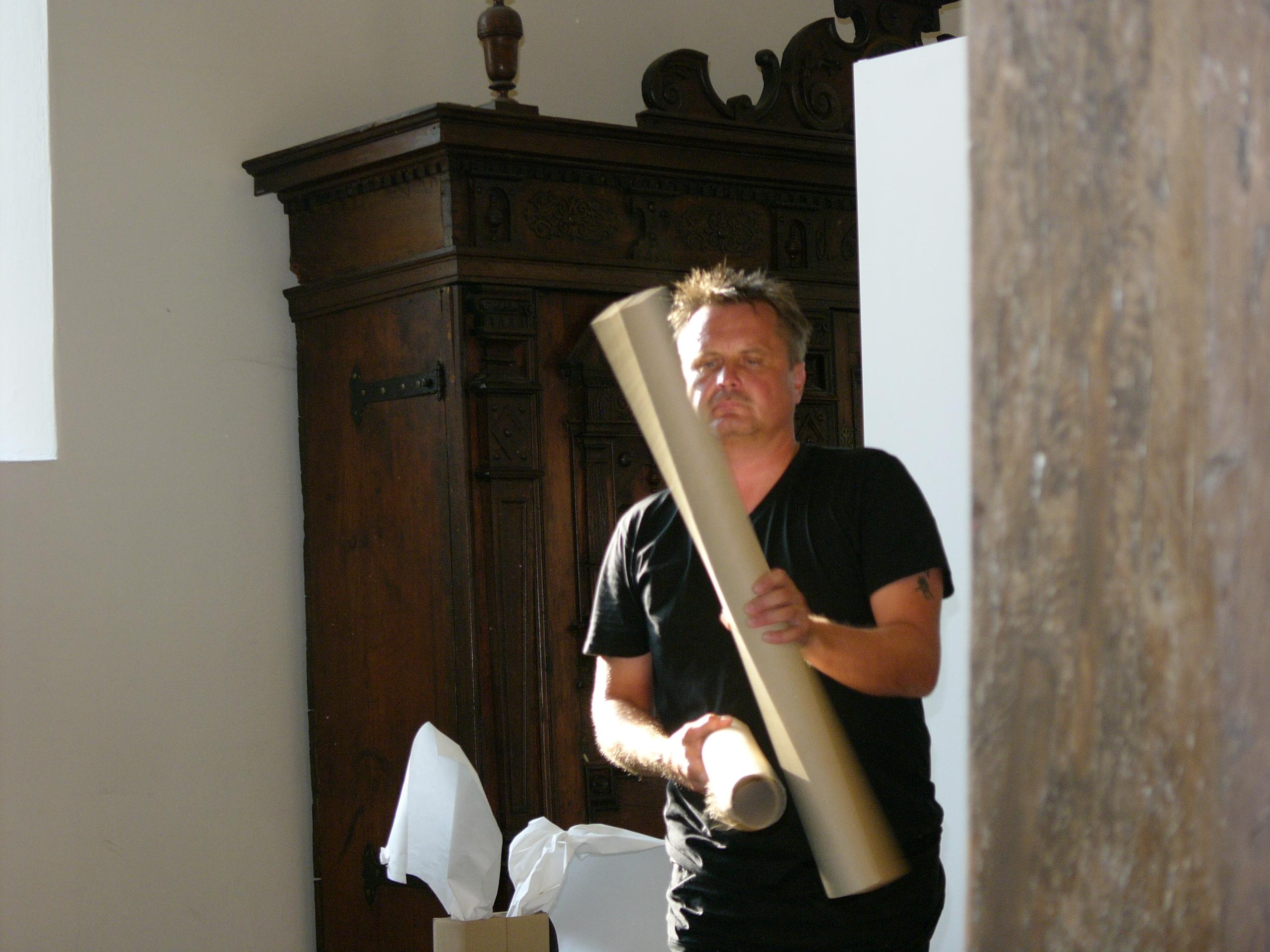 VielFaltPapier - Ausstellungseröffnung: Papiermusik: Viz Michael Kremietz
