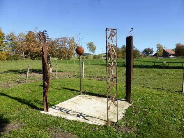 Pillars of Freedom, Bettenreute